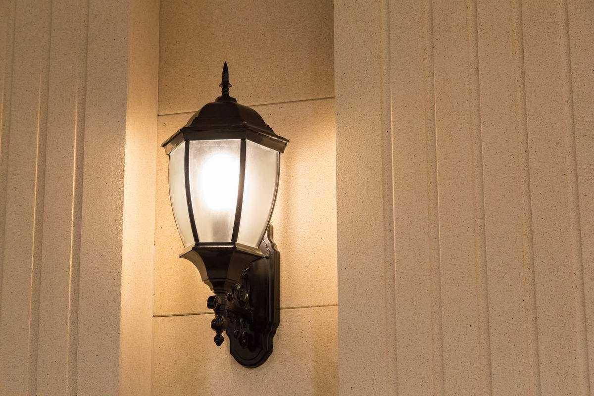 壁灯是怎么上墙的?墙上壁灯安装步骤详解