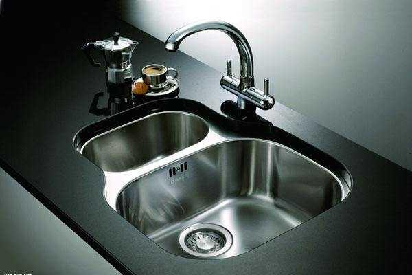 厨房水龙头及卫浴面盆水龙头安装方法