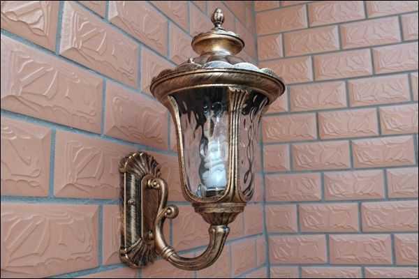 户外壁灯安装高度详解这样安装更安全