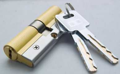 【安装防盗锁】防盗门新锁芯的安装与拆卸