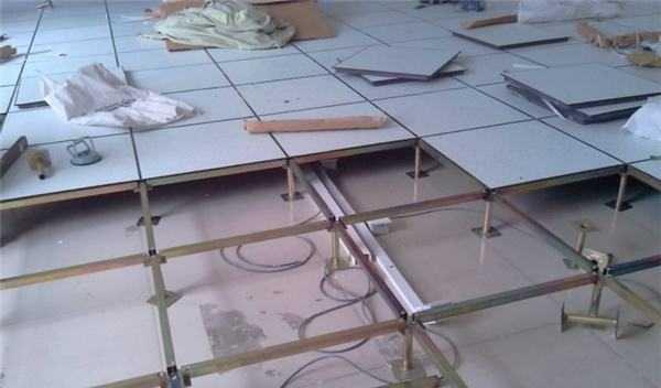 防静电地板安装方法