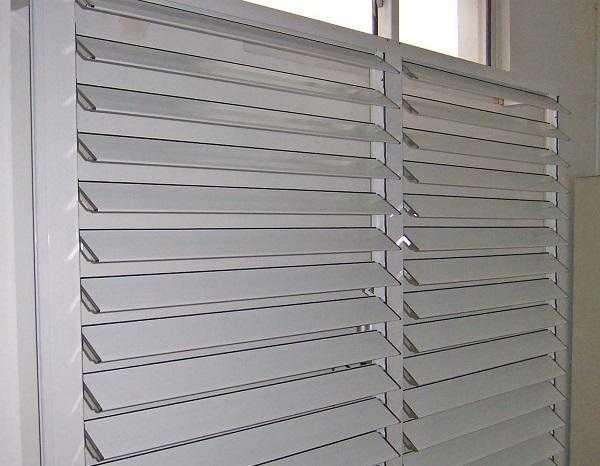 百叶窗安装方法及注意事项