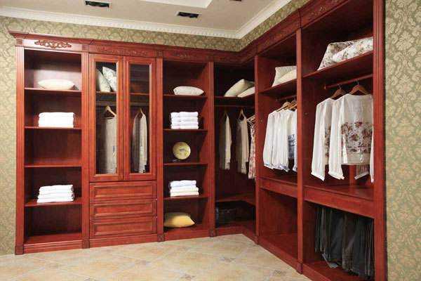选购衣柜需要注意的事项,购买衣柜时应注意什么?