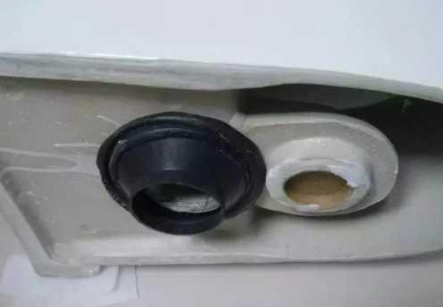 这样的马桶安装方法不会有异味