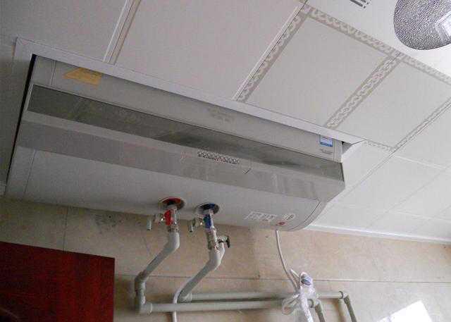 吊顶和热水器同时安装,先安装谁呢?