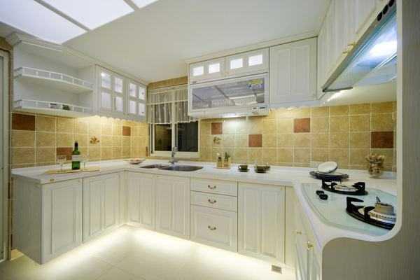 如何更好地安装厨房灯具?安装厨房灯的六个技巧