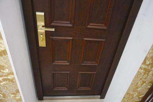 防盗门安装尺寸打孔了解一下