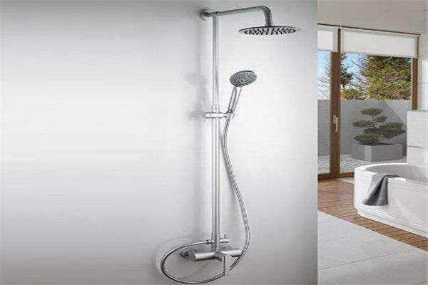简简单单的淋浴花洒,安装起来没那么简单