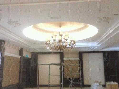 集成吊顶工程灯的安装方法