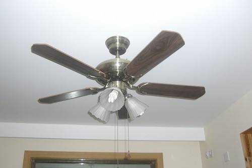想要安装吊扇灯,这些吊扇灯优缺点要知道