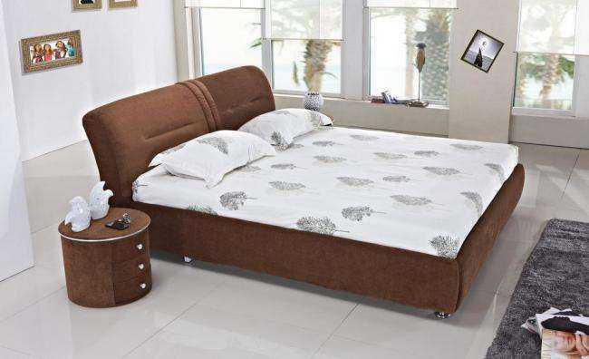 增添婉约家居气息 布艺床安装方法