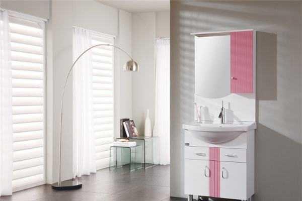 想要让卫生间更漂亮,浴室柜安装一定要注意