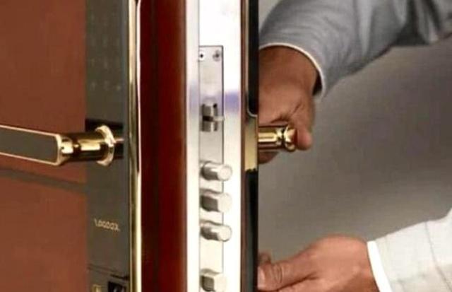 指纹锁安装工具知多少?老师傅都用了这些!