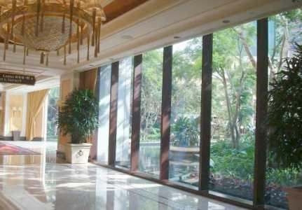 增加视觉空间 玻璃门选购及安装知识