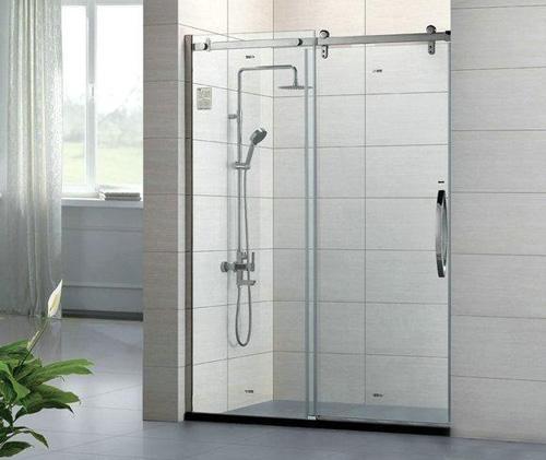 淋浴房龙头安装高度不能瞎设定,标准设定应是这样