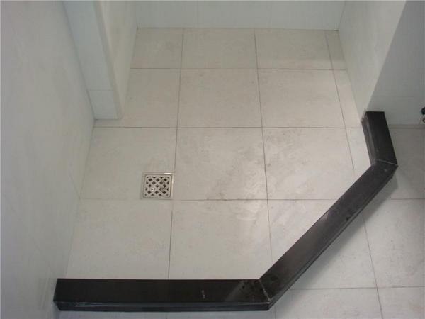 淋浴房挡水条安装