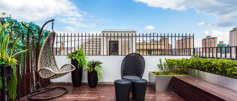 安装阳台家具