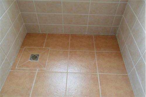 厕所要怎样才能贴好瓷砖
