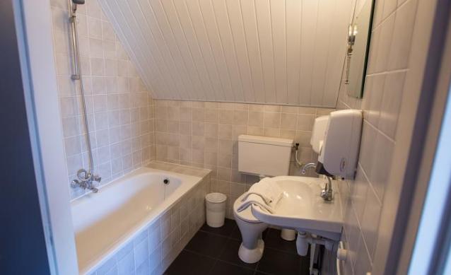 卫浴洁具|浴室柜让你的卫生间井然有序