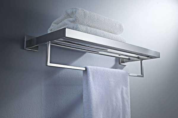 """卫浴挂件是浴室的点睛之笔,所以安装决不允许你""""马大哈""""。"""