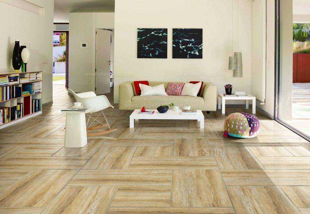 地板如何铺设才能更平坦更美观?