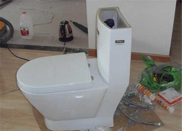 别再问马桶怎么安装了,这套方法大全看完就懂!