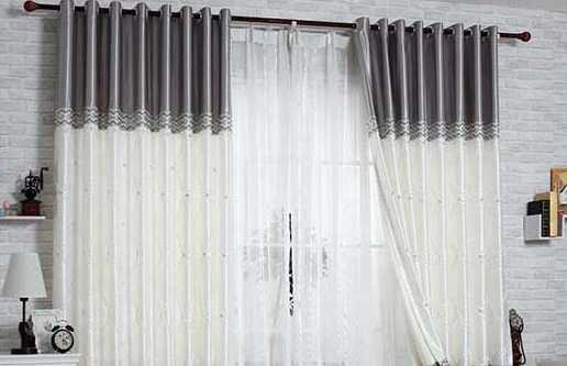 窗帘轨道安装方法,就这简单的两步即可完成。