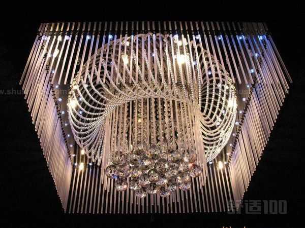 想要家中的水晶灯漂亮又耐用,就看这篇水晶灯安装步骤