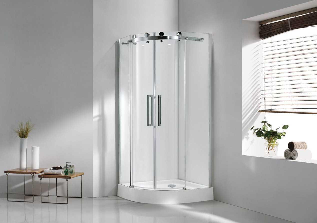 教你六招淋浴房玻璃清洁的技巧,绝对快速干净。