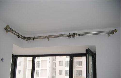 安装窗帘杆需要注意这3个步骤,记得收藏。